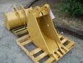 "18\"" excavator bucket by USA Attachments"
