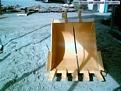 """36\"""" excavator bucket for 24,000 - 33,000 lb machines"""