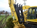Hydraulic Thumb  MT1850 installed on an excavator