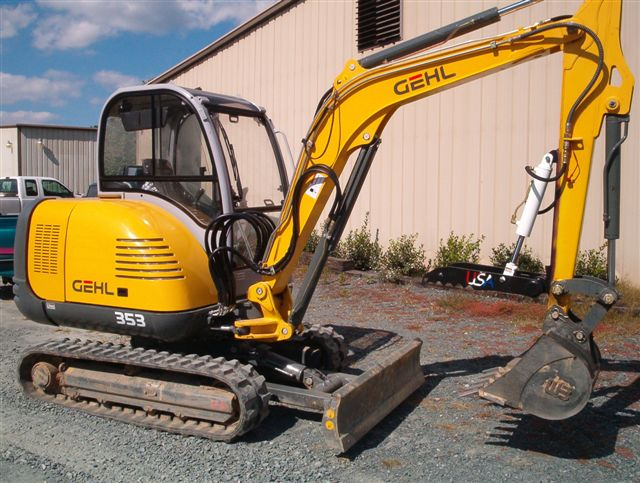 Black HT830 welded on GEHL 353  mini excavator