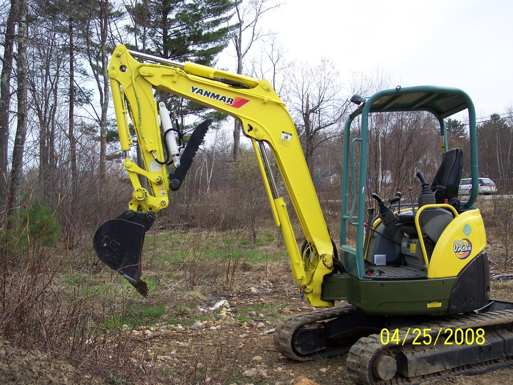 YANMAR VIO 35 with ht830 hydraulic mini excavator thumb by USA Attachments installed