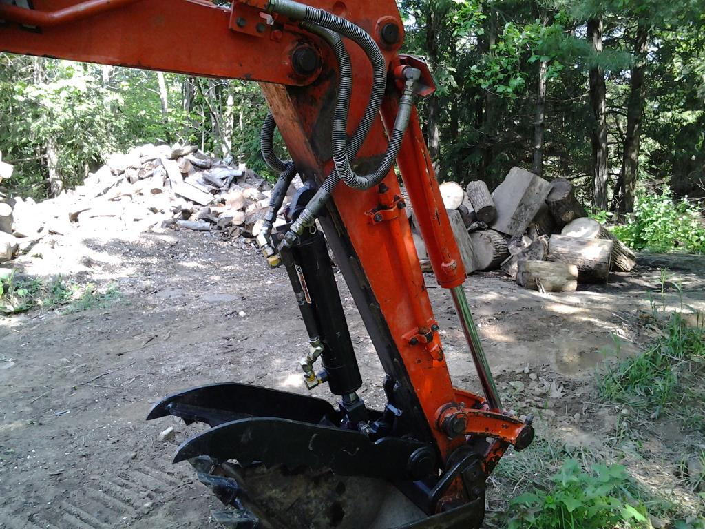 Ht830 hydraulic excavator thumb on kubota kx91 2 photo 6