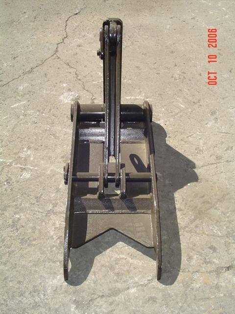 Frontal Profile of MT1230 excavator thumb.