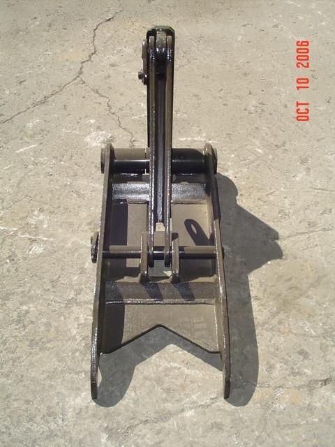 Frontal Profile of MT1230 excavator thumb.