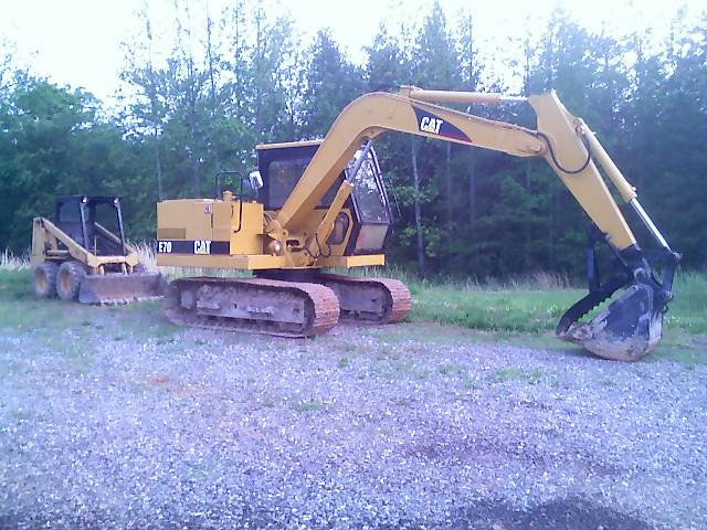 MT1240 excavator thumb installed on a CAT E70 excavator