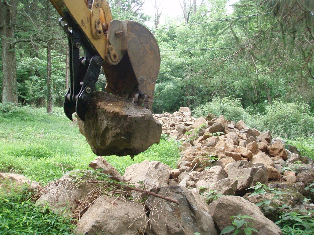 Mt618 mini excavator thumb 28