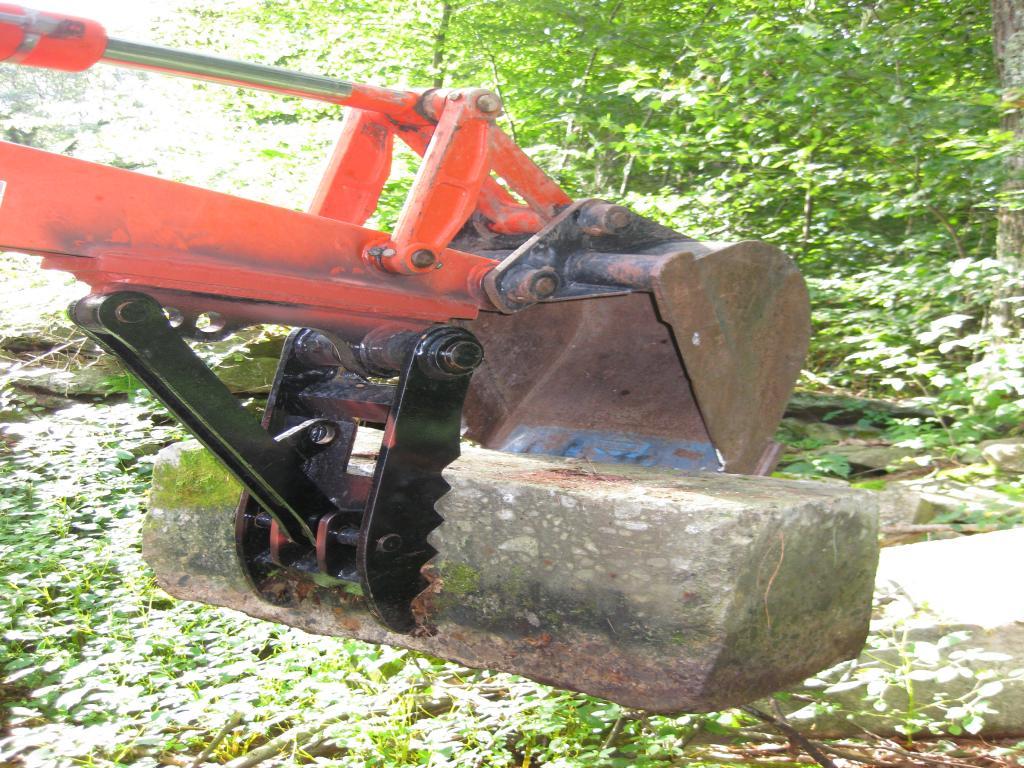 Mini excavator thumb 46