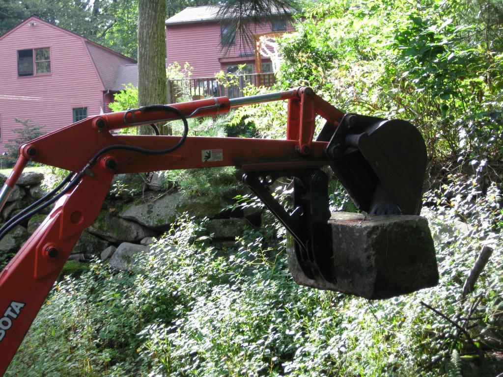 Mini excavator thumb 48