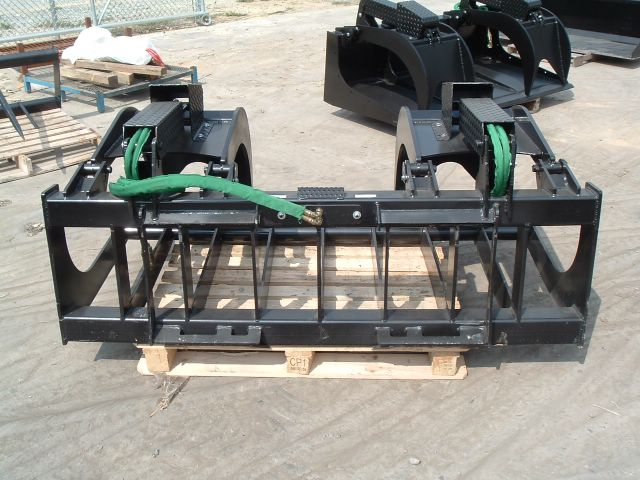Skid steer xtreme root grapple 2