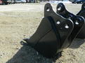 12 pin bucket made to fit kubota u35 kx121 kx71 kx91 2